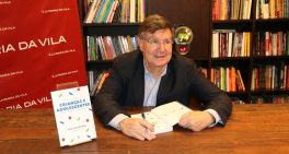 """Lançamento do livro """"Falando Sobre Crianças e Adolescentes"""" celebra o Dia do Médico"""